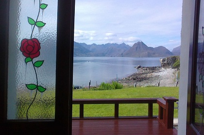 Pier House Self Catering Holiday Cottage Accomodation Elgol - opening onto decking area