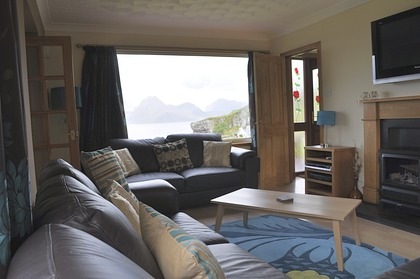 Pier House Self Catering Holiday Cottage Accomodation Elgol - the living room